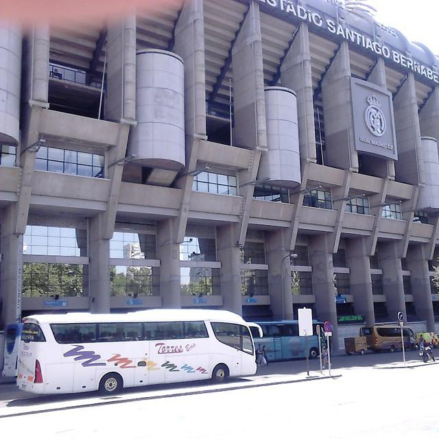 Autobus 50 Plazas Santiago Bernabeu Real Madrid
