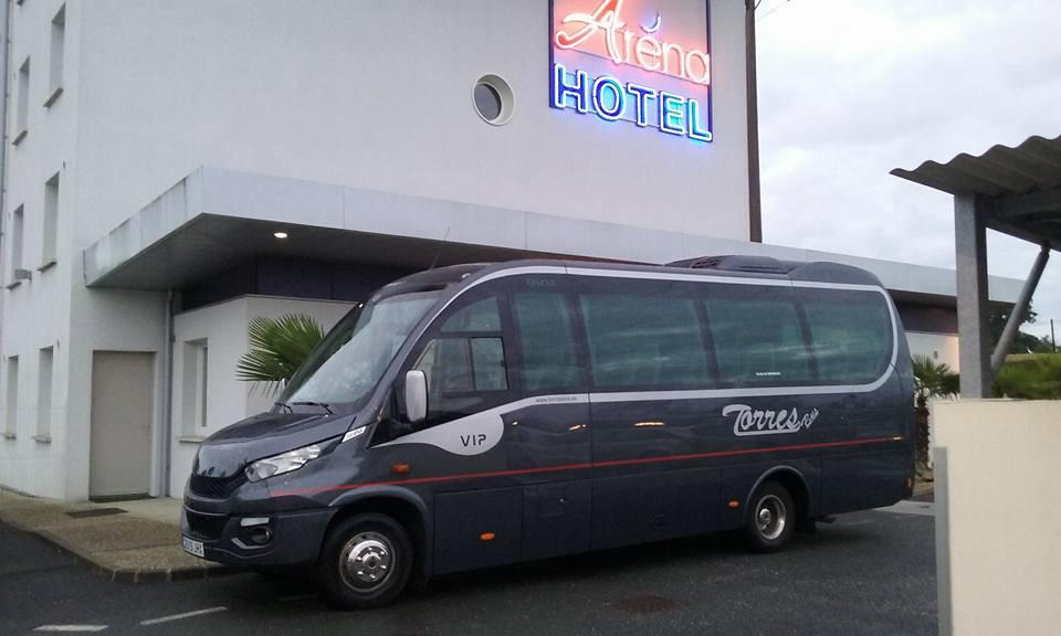 Alquiler de microbús con conductor barato en Madrid