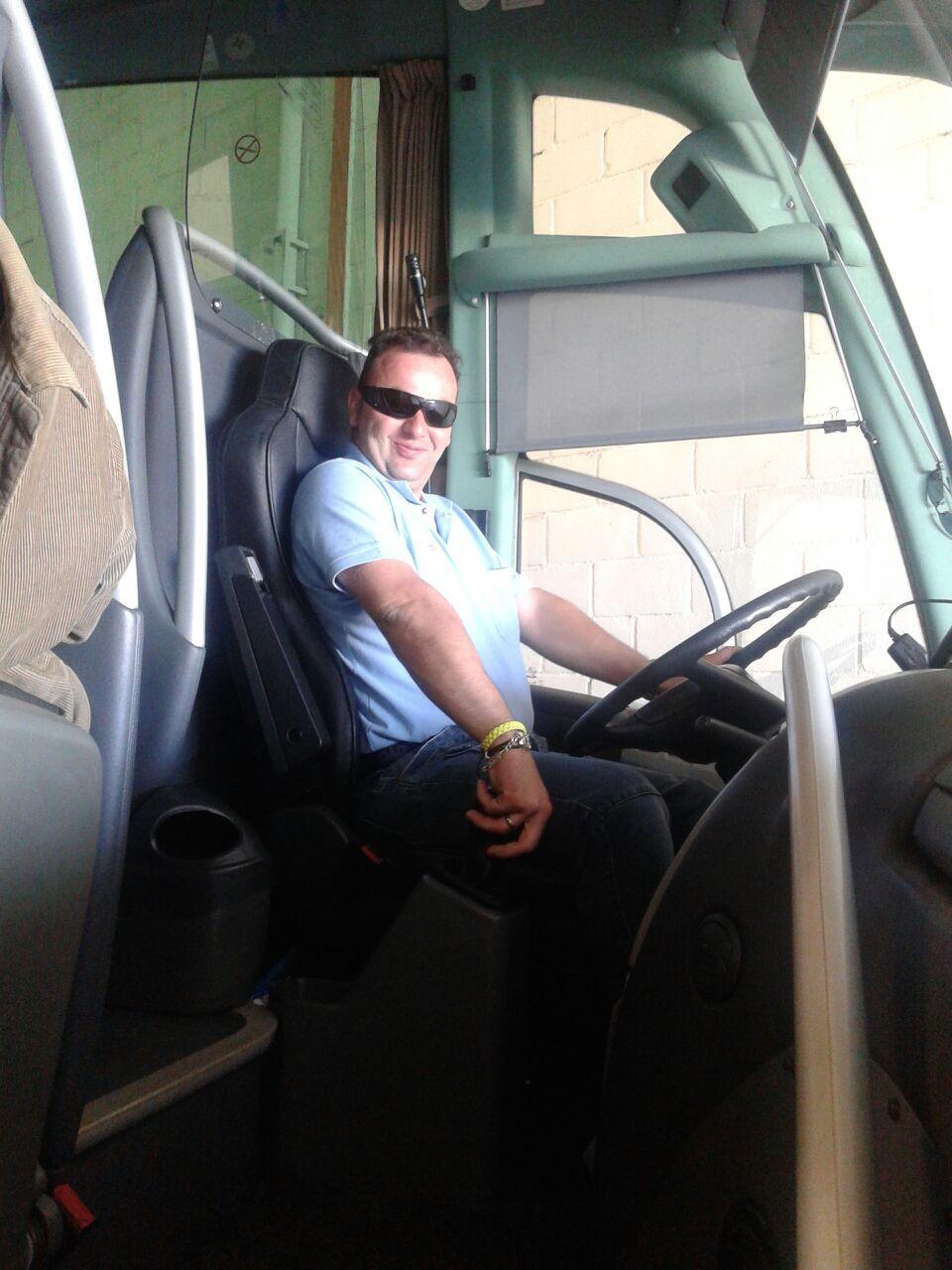 Conductor de microbus la importancia del factor humano