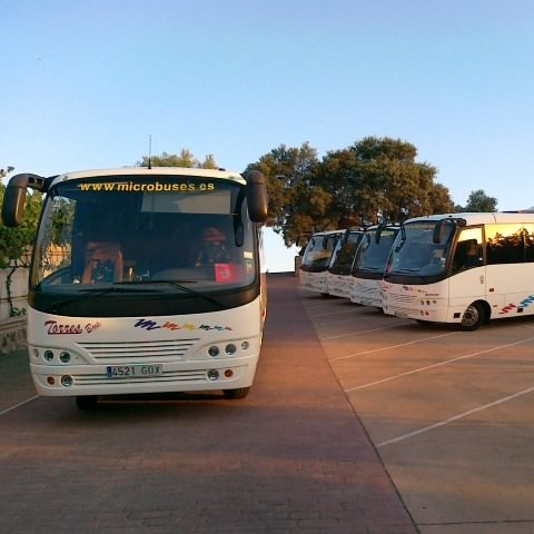 Cropped Alquiler Microbus 25 Plazas En Madrid Para Bodas Y Despedidas De Soltero